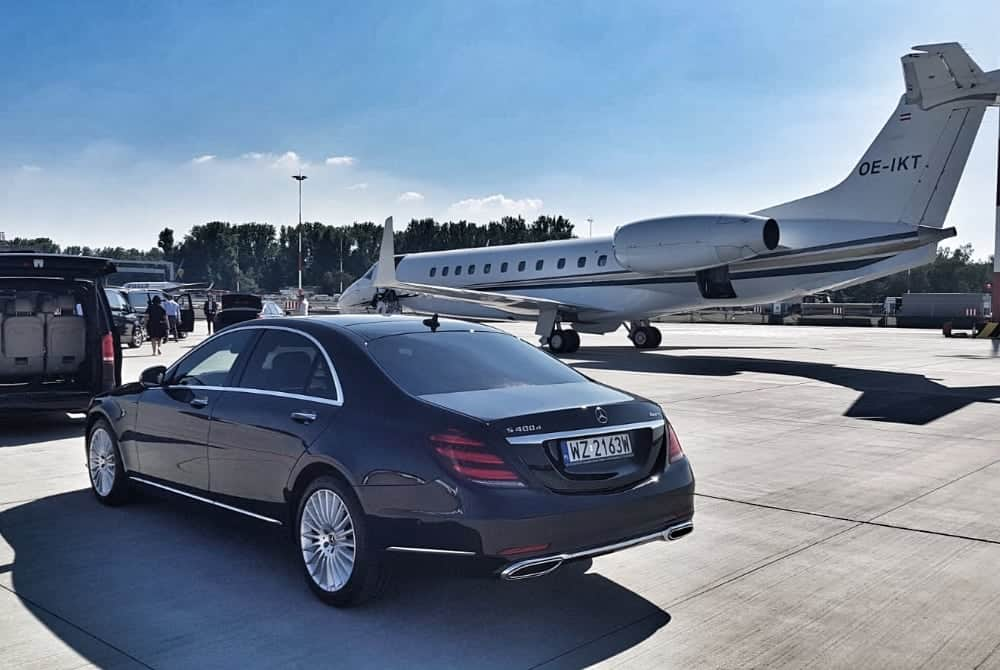 VIP Krakow Airport Transfer Chauffeur Service Poland Limousine service Krakow Excursion Krakowexcursion.co