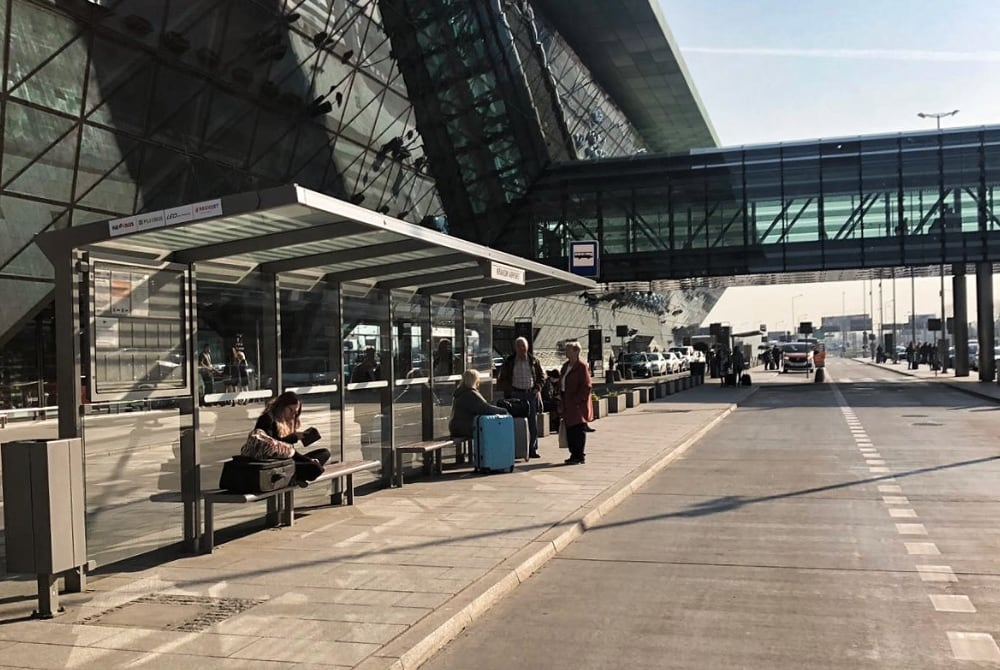 Do not waste time by commuting with a bus or train Book Private Krakow Airport Transfer service at Krakowexcursion.com